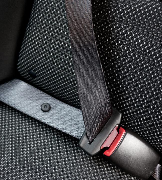 Was versteht man unter einem so genannten Sicherheitsgurt im Auto
