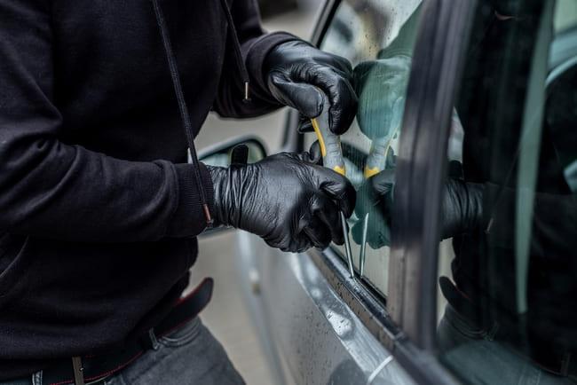Wo liegen die Vor- und Nachteile einer Autoalarmanlage