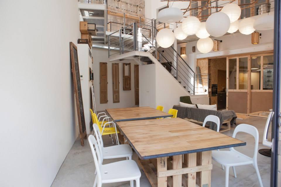 tour d 39 europe des espaces de coworking bureaux. Black Bedroom Furniture Sets. Home Design Ideas