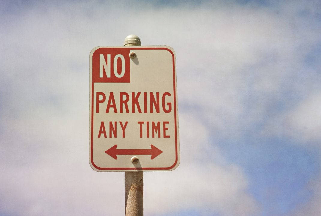 no parking anytime sign