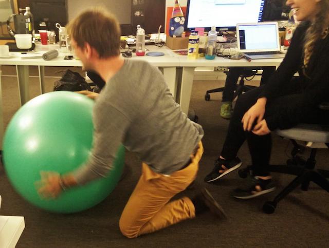 travailler sur un ballon