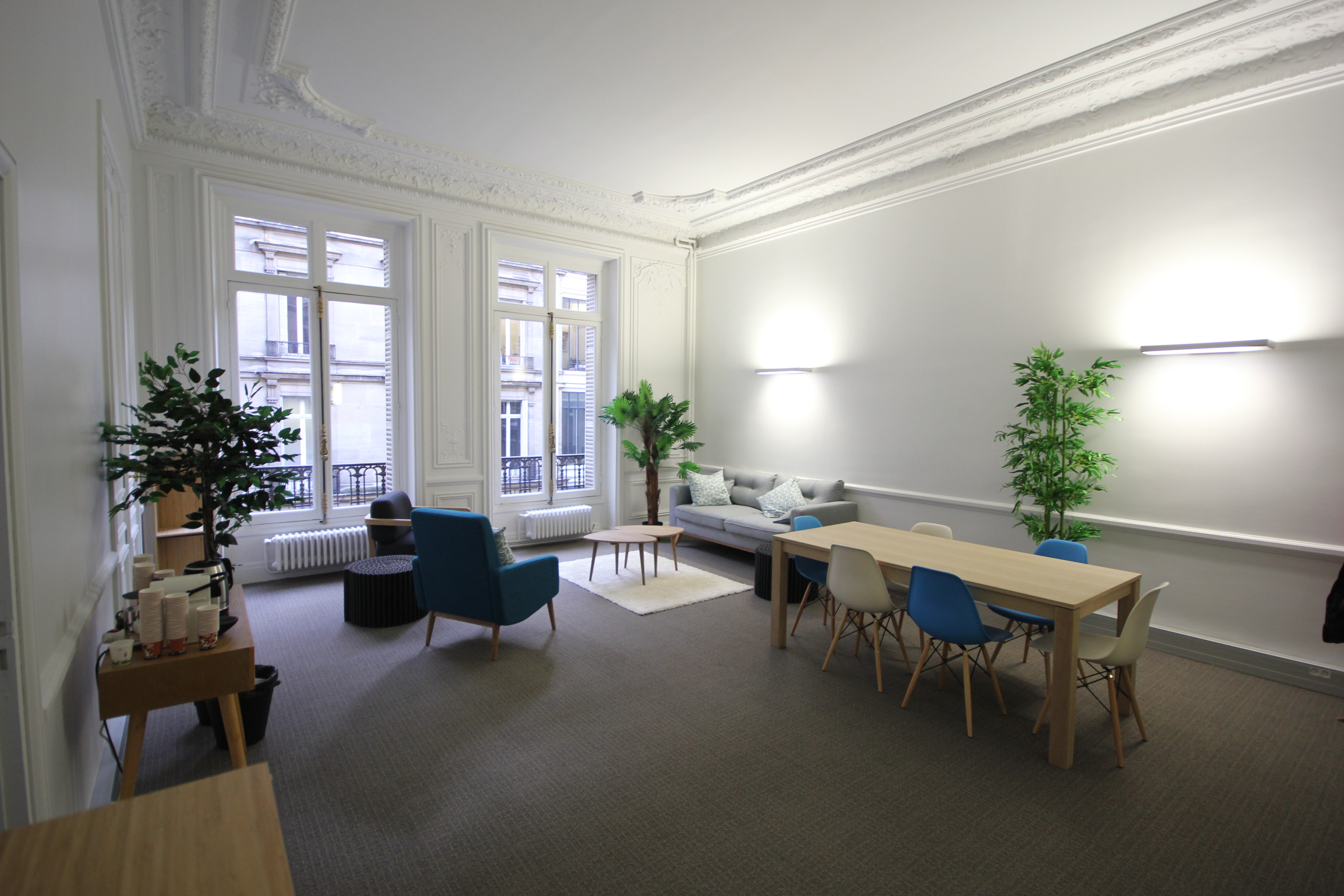 bons plans les bureaux pas chers paris bureaux. Black Bedroom Furniture Sets. Home Design Ideas