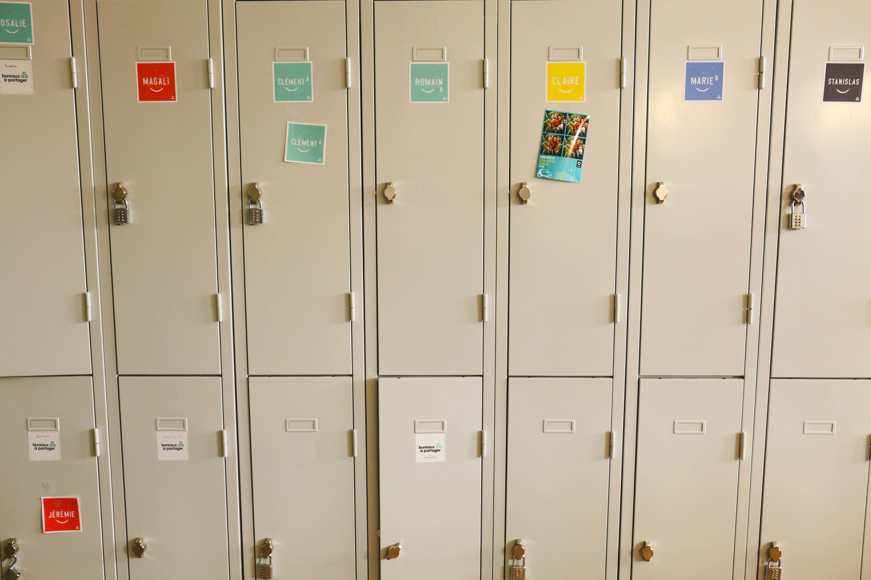 Flex office - des casiers de rangement pour chaque collaborateur