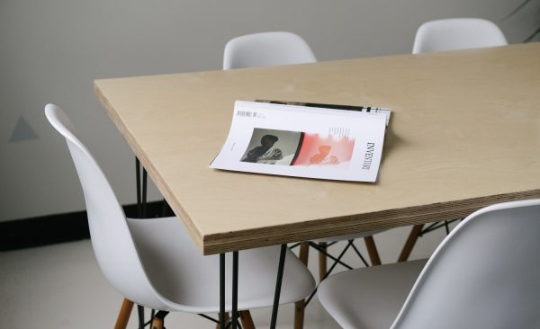 d couvrez le bureau du futur bureaux partager le blog. Black Bedroom Furniture Sets. Home Design Ideas