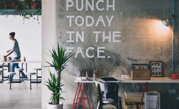 La grève, le coworking et le télétravail