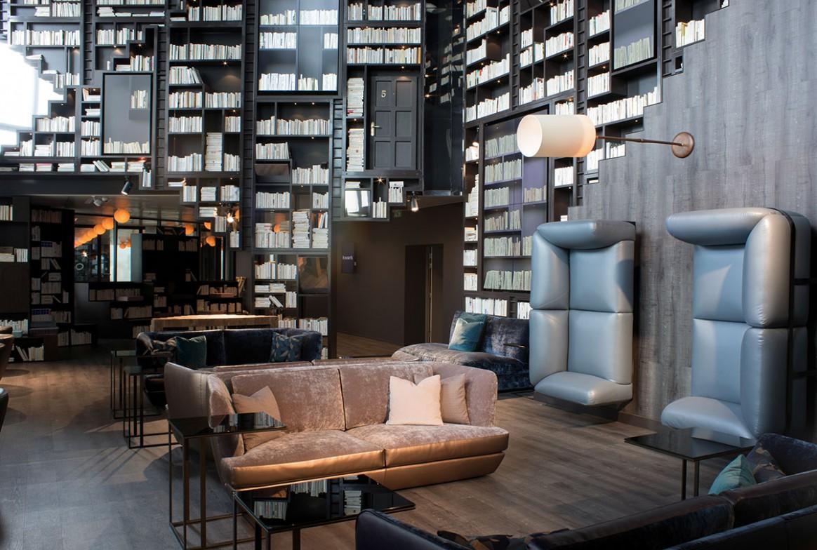 10 espaces de coworking paris bureaux a partager. Black Bedroom Furniture Sets. Home Design Ideas