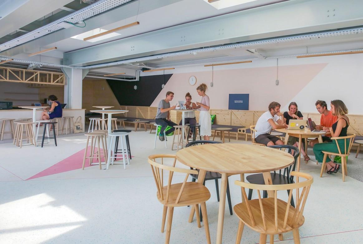 Morning Coworking Amsterdam - Espaces de coworking proches des gares à Paris