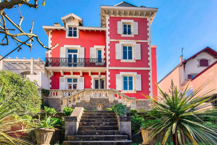 Maison rouge Biarritz