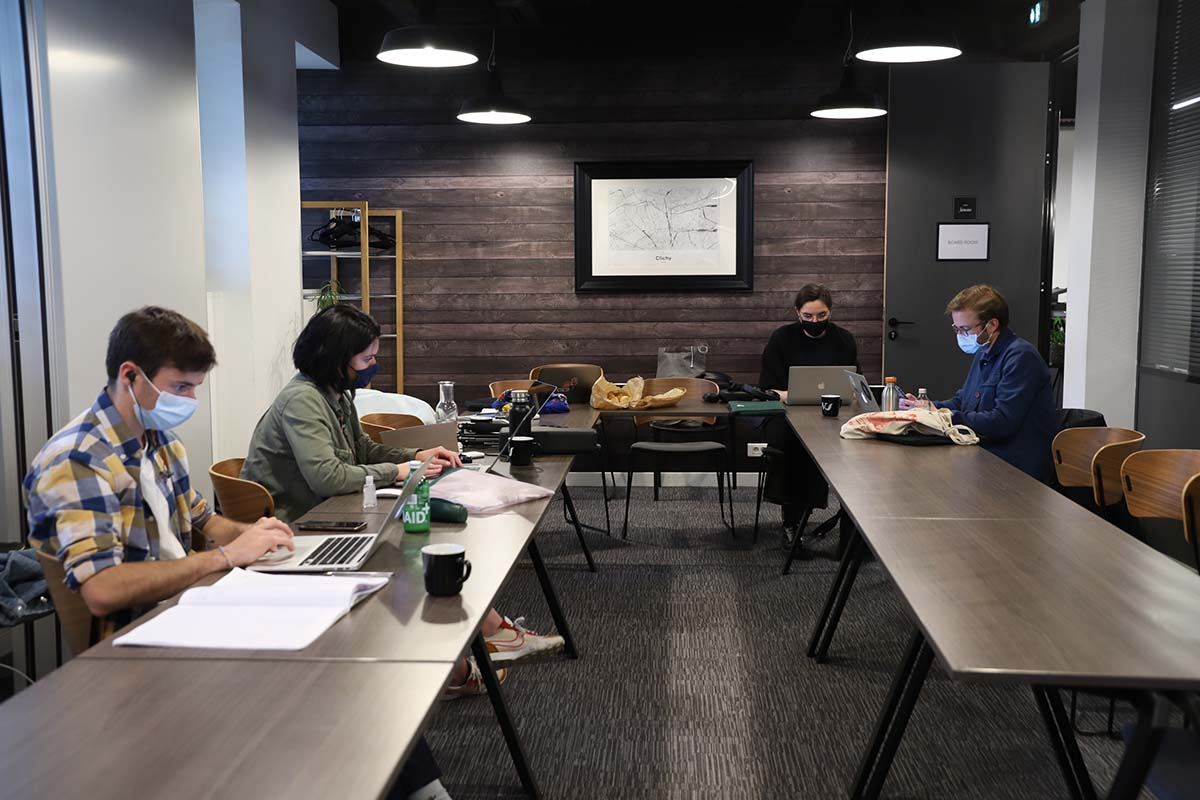 bureaux a partager work and share