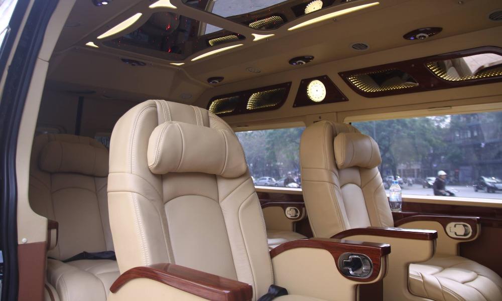 Xe limousine đi Ninh Bình từ Hà Nội: Xe Luxury Van limousine