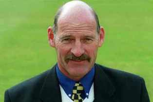 Important Current Affairs 28th July 2015 - South Africa skipper Clive Rice