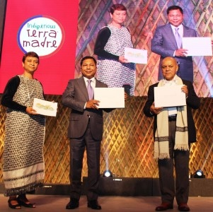 "Chief Minister Mukul Sangma releases the ITM 2015 Coffee Table book, ""Sifting through the Clouds"", at the inaugural session of the 5-day International Terra Madre in Shillong on 03-11-15. Pix by UB Photos"