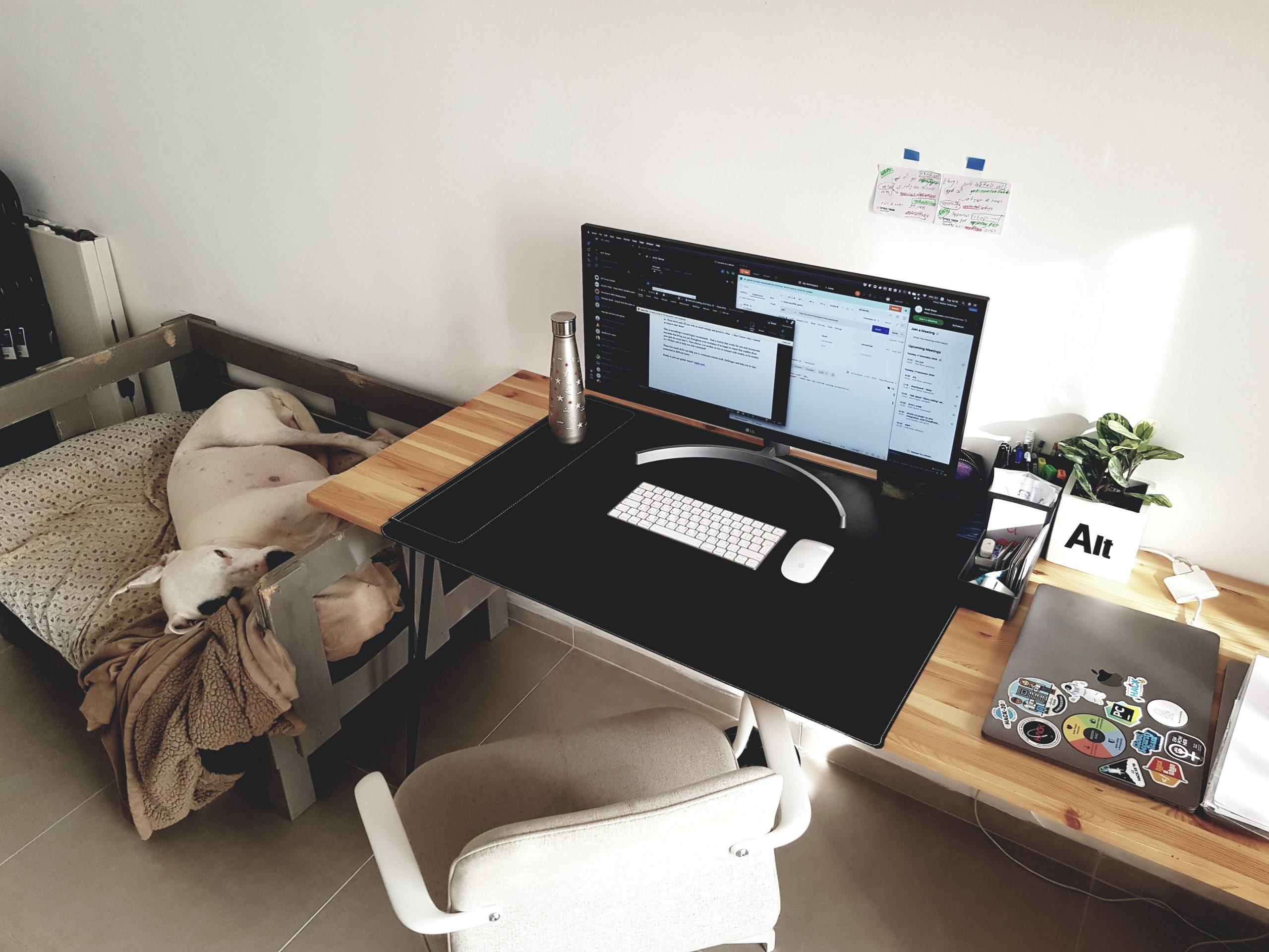 Amit's desk setup