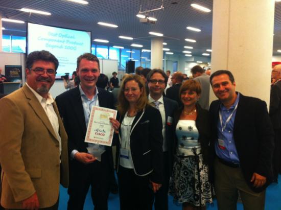 Cisco Wins Best 100G Product.