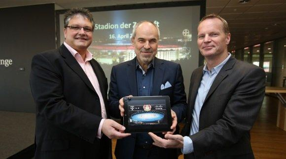 Left to Right: Dirk Backofen, Deutsche Telekom; Wolfgang Holzhaeuser, Bayer 04 Leverkusen; and Michael Ganser, Cisco; at the press conference announcing the installation of Cisco Connected Sports Solutions at BayArena.