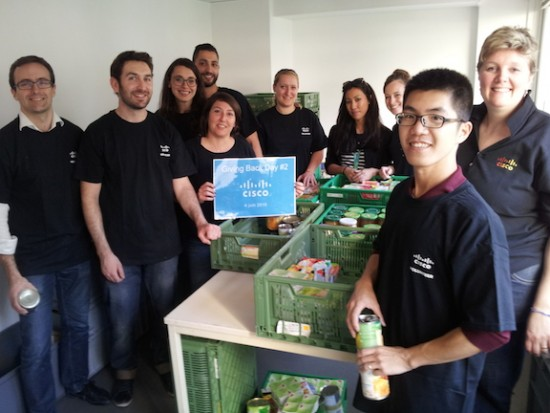 "Cisco volunteers sorted 15 tons of donated products for the ""Libre-Service Social"""