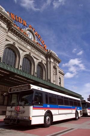 union-station-bus