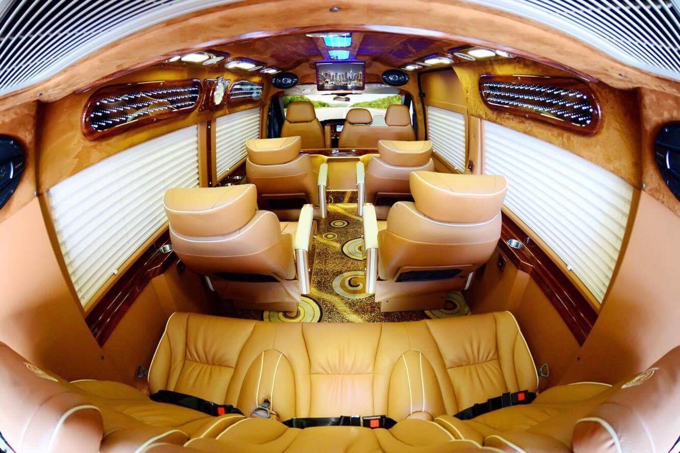 Xe đi Hạ Long từ Hà Nội: Xe Cô Tô limousine
