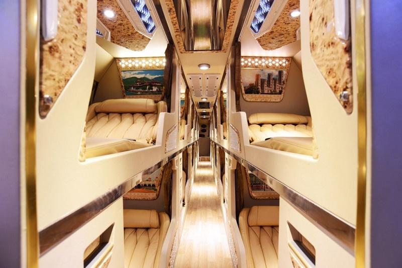 Nội thất xe limousine giường phòng đi Sapa