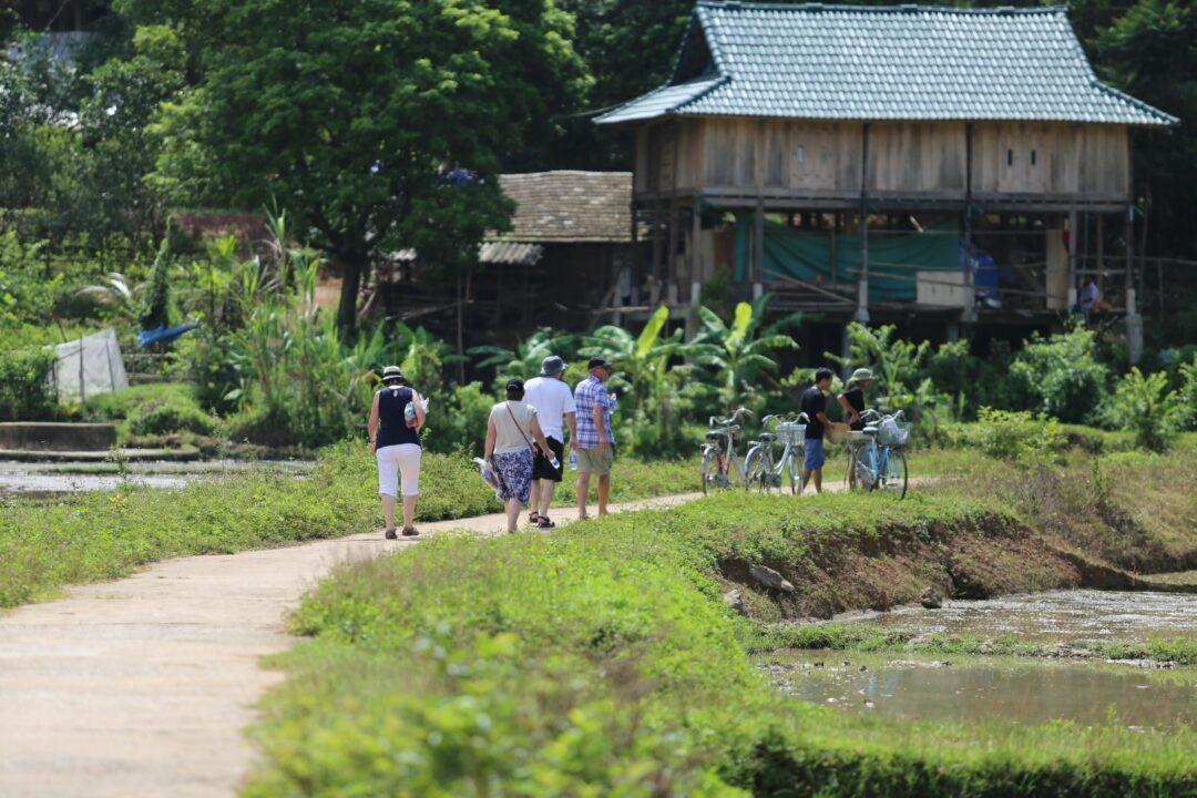 Du lịch gần Hà Nội có Mai Châu vô cùng thú vị