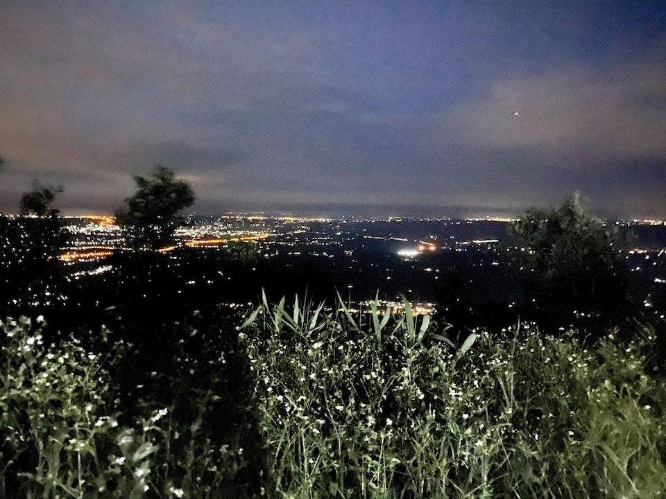 Núi Chứa Chan về đêm