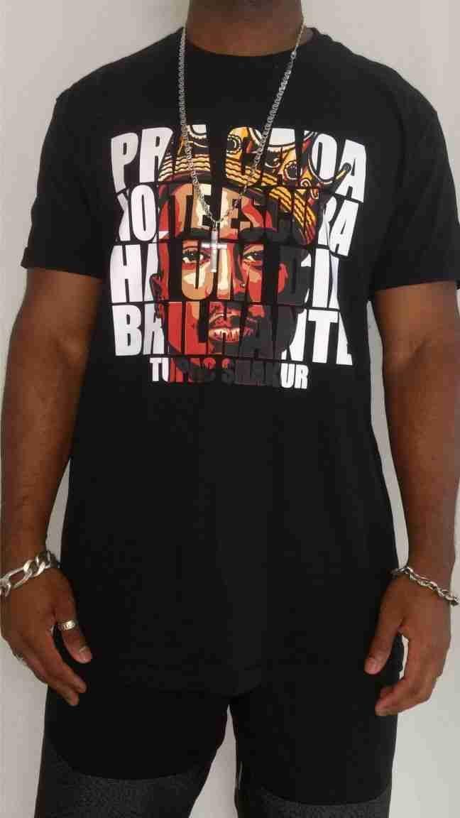 Camiseta Akanni Exclusive Tupac Shakur-Preto