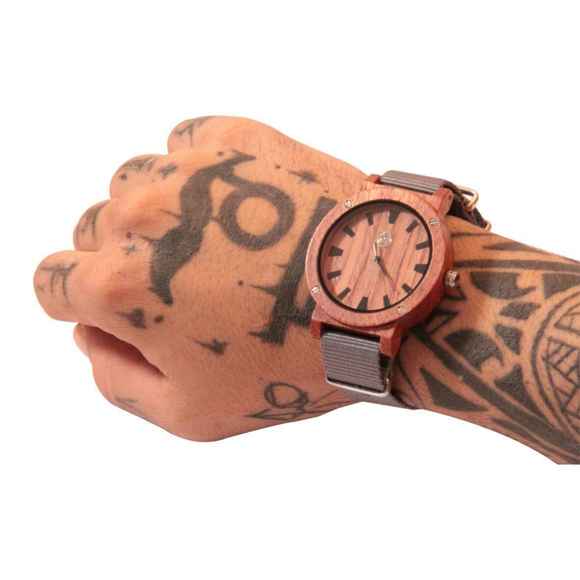 Relógio de Madeira Kief Company - Modelo Nazaré