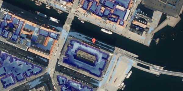 Ekstrem regn på Nyhavn 42A, kl. th, 1051 København K