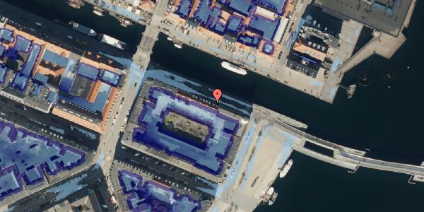 Ekstrem regn på Nyhavn 42B, kl. , 1051 København K