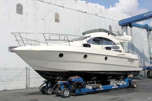 Used Azimut 39 Fly for sale Boatim