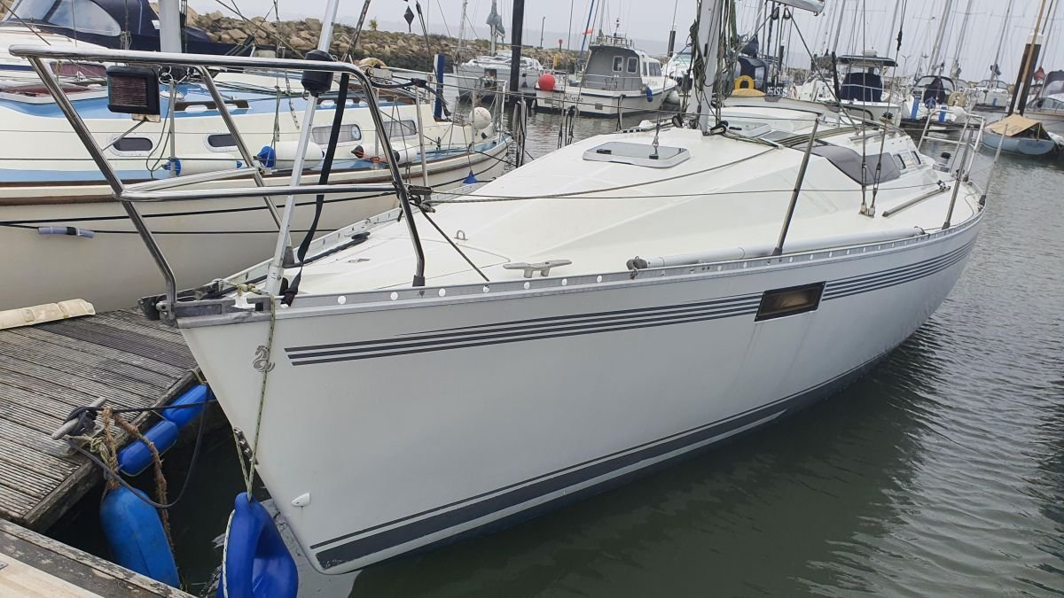 Used Beneteau Oceanis 320 for sale BOATIM