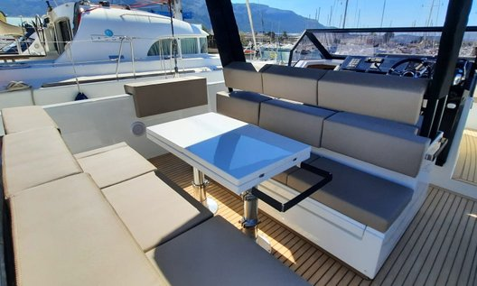 Used De-Antonio-Yachts D34 open for sale BOATIM