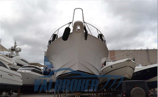 Used Hatteras 64 Convertible for sale BOATIM
