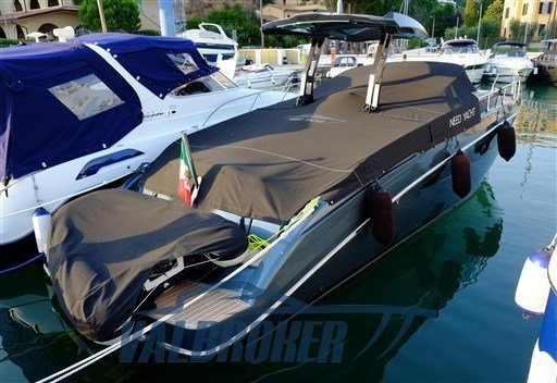 Used Need Yacht 32 Colore Blu for sale BOATIM
