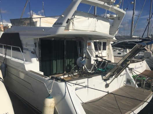 Used Tempest 40 Fly for sale Boatim