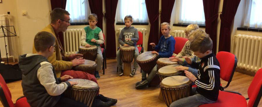 Slagwerk, theater en musical: de eerste cursussen zijn begonnen!
