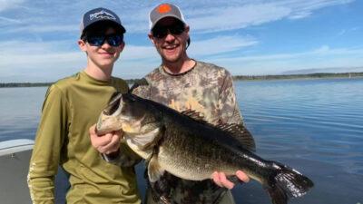 bass fishing guide service trips-fishing lesson