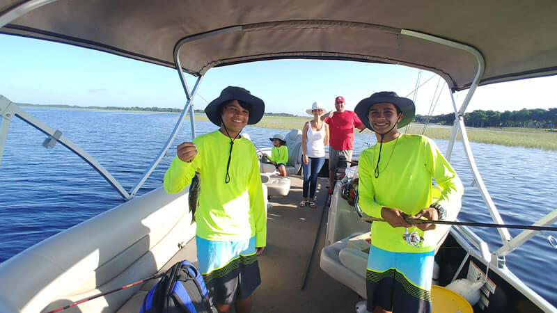 fishing tips - what to wear on charter to catch fish