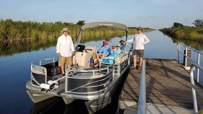 Pontoon boat rental-worldwide fleet