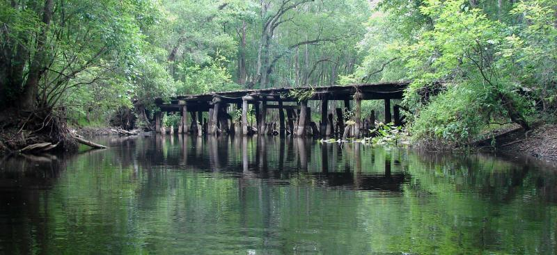 Withlacoochee River town bridge