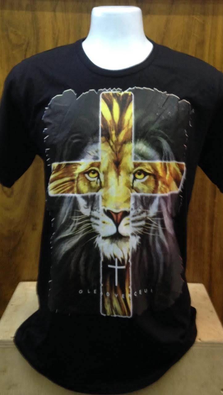 Camiseta Básica -Preta O LEÃO VENCEU