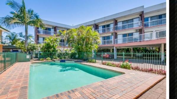 Red Star Hotel Palm Beach Gold Coast
