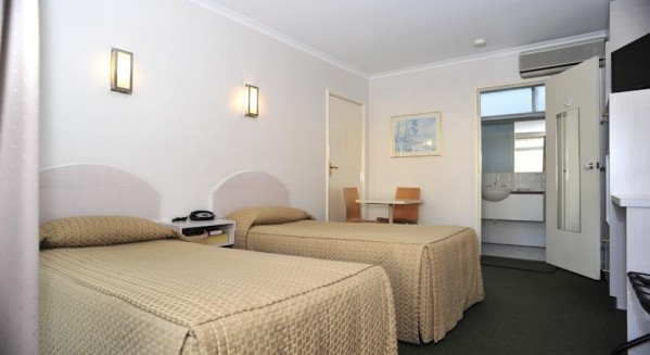 Alexander Motor Inn & Apartments Essendon melbourne