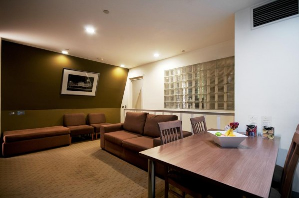 Crossley Hotel Melbourne