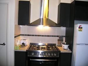 Insaa Serviced Apartments - Luxury Apartments @ Metro Village melbourne
