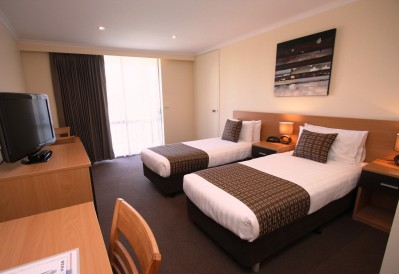 mildura inlander resort mildura inlander resort mildura. Black Bedroom Furniture Sets. Home Design Ideas