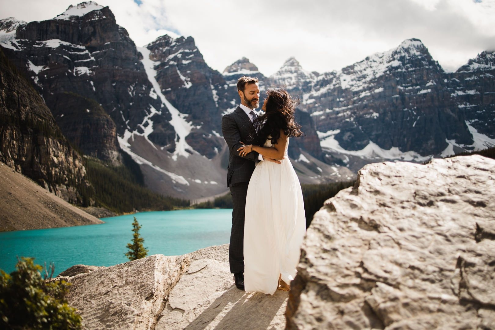 Carly Hill Photo Wedding & Engagement Photography Cover Image