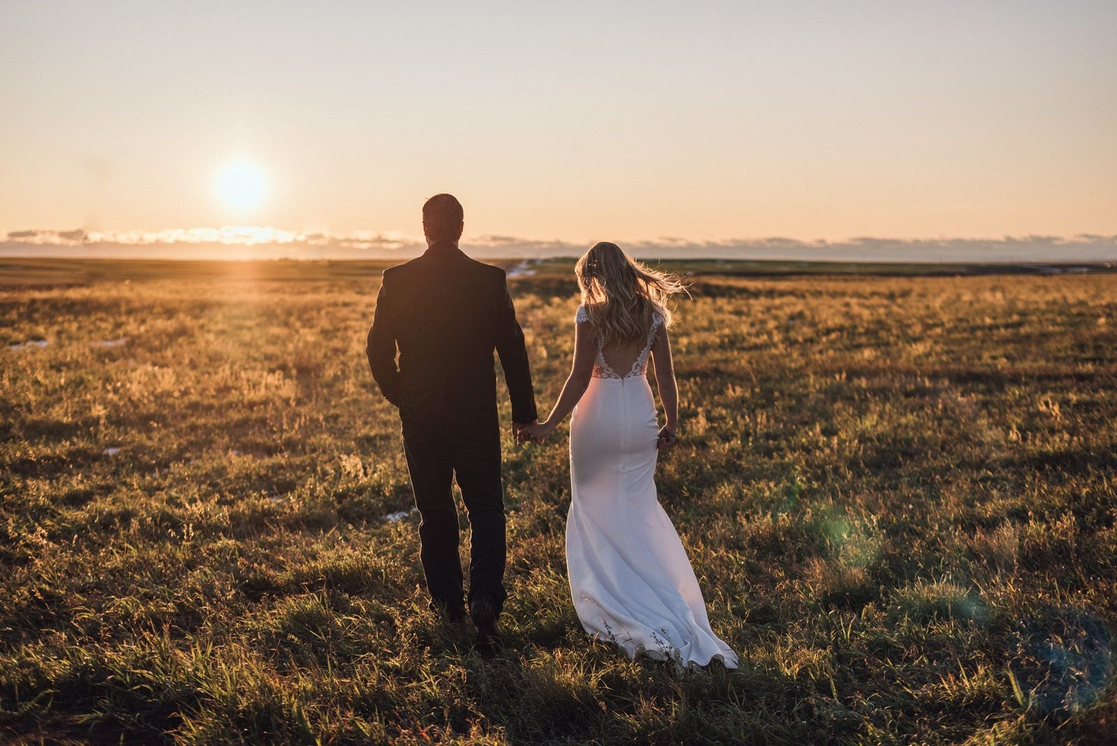 Taylor Oseen Photography Wedding & Engagement Photography Cover Image