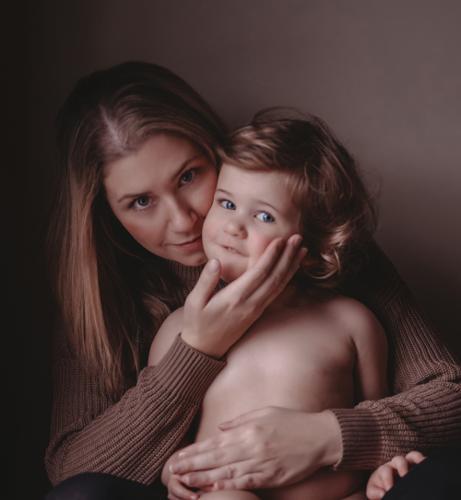 Burrow & Bloom PhotographyWedding & EngagementPhotographer Profile Photo