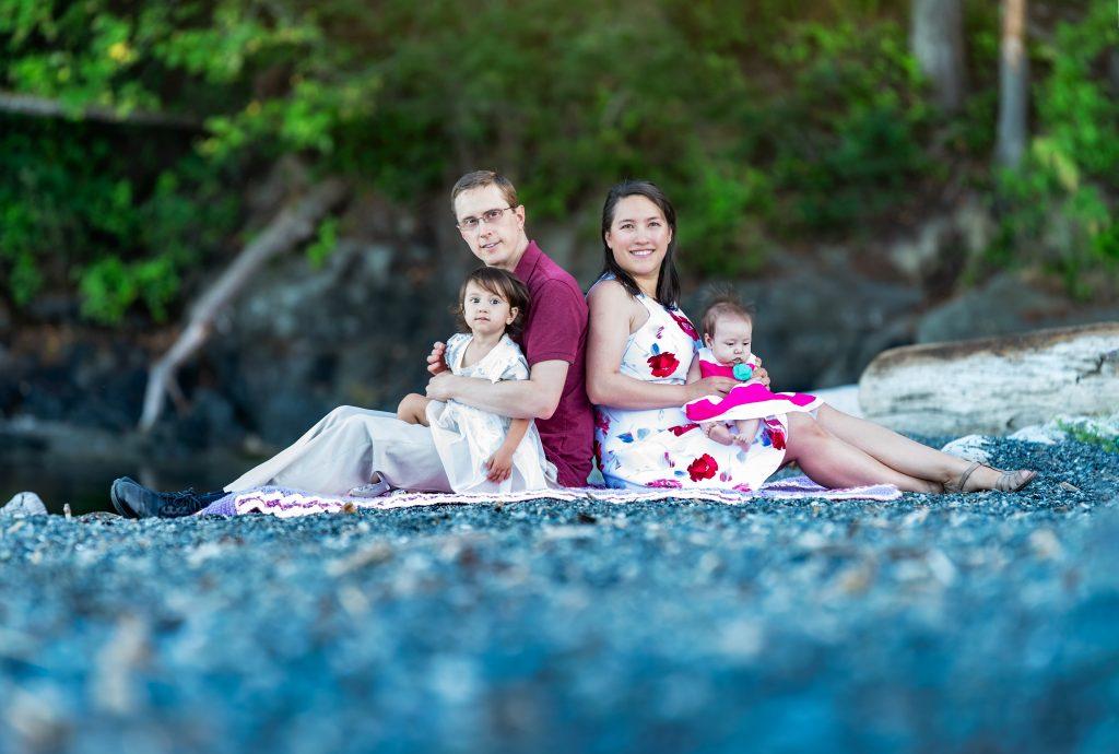 Vlad Vasnetsov Photography's Premium Family Session Family Photo Victoria, BC, Canada